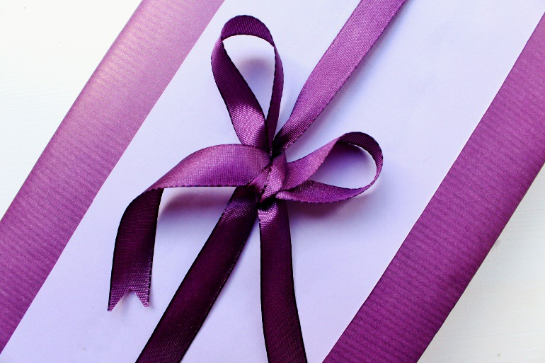 going purple with this all purple gift wrapping idea
