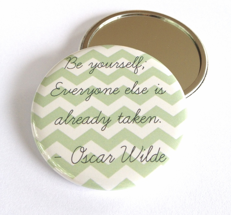 Gift this Oscar Wilde pocket mirror to a book lover