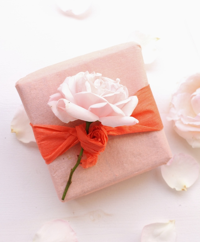 peach coloured gift wrapping idea - just peachy