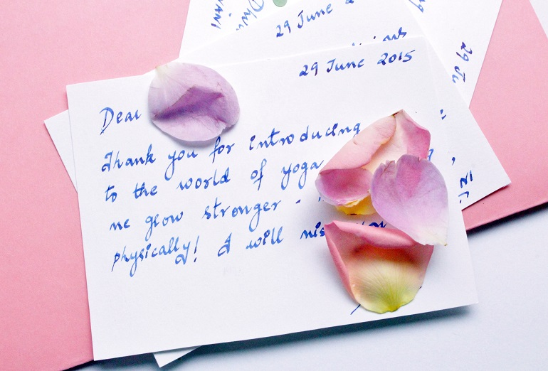 creating perfect handwritten messages and letters for friends