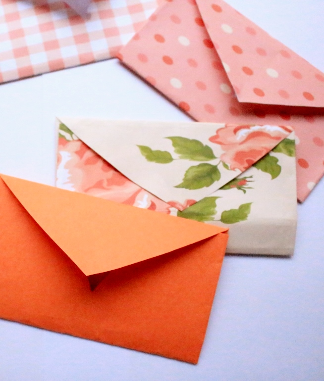 DIY mini envelope template for valentines day